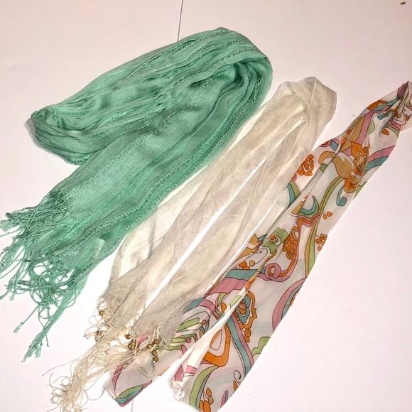 Accessories - Bundle of Scarves